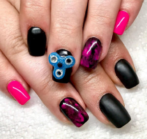 Nail spinners